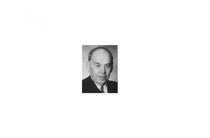 Steele, Harry R.   2000